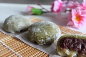 green-tea-mochi