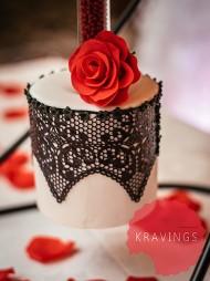 upside-down-hanging-cake-2